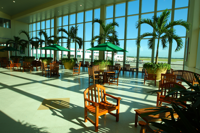 Southwest_Florida_International_Airport_Atrium