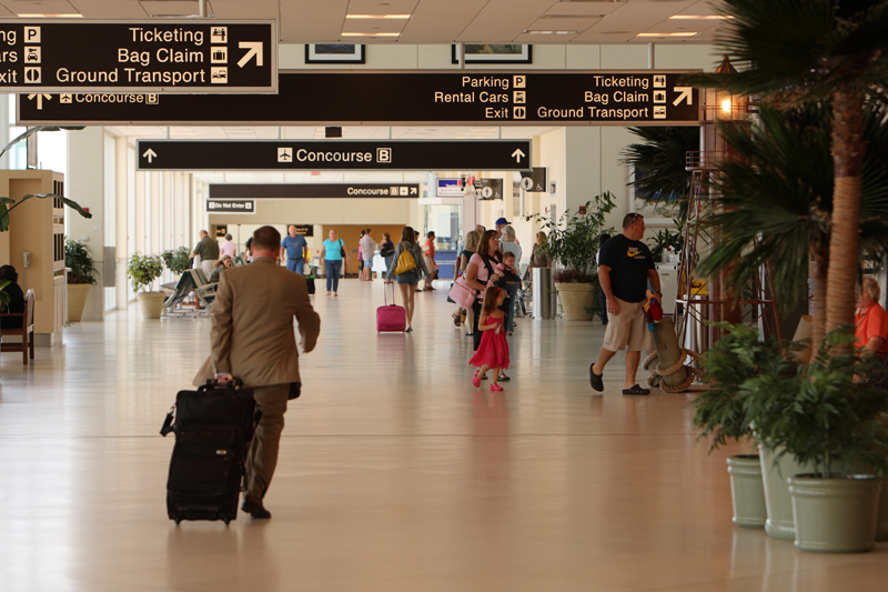 Southwest_Florida_International_Airport_Main_Terminal